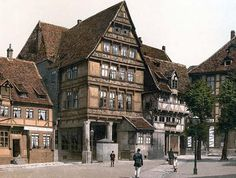 The image shows Pfleiderhaus, Hildesheim, Hanover, Germany between 1890 and Vintage Pictures, Old Pictures, Countries To Visit, Places To Visit, Hanover Germany, Country Information, Berlin Wall, Europe Destinations, Medieval Fantasy