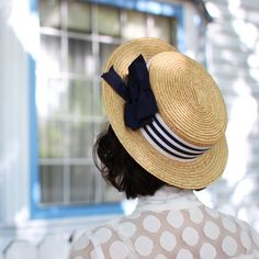 Adorable summer straw hat.