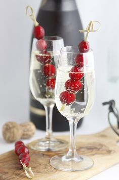 Sparkling Holiday Cocktail