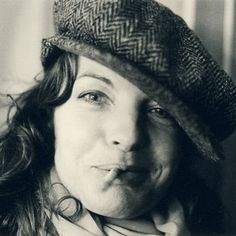 Romy Schneider biography, images and filmography. Read and view everything you want to know not only about Romy Schneider, but you can pick the celebrity of your choice. Romy Schneider, Sissi, Cosmopolitan, Fotojournalismus, Berlin, Isabelle Adjani, Faye Dunaway, Sophia Loren, Girls Be Like