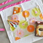Make an apron from a vintage kitchen towel!  pinkpistachio.com