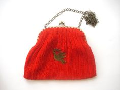 Red Hand Knitted Wool Purse With Pigeon by nilknitting on Etsy