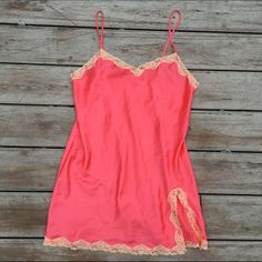 Victoria's Secret Peach and Pink Lingerie Excellent condition. Wore a couple of times, no stains or holes. Ships Immediately ❤️ PINK Victoria's Secret Intimates & Sleepwear