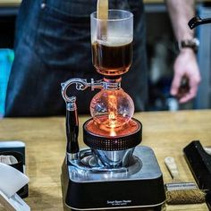 Brewing the Syphon coffee on the Hario Smart Beam Heater amazing! Shop Hario @alternativebrewing Link in Bio Same Day Dispatch | by @mylittlebrewbar