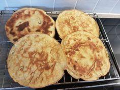 Jeg har tidligere lagt ut bilder av pannekaker jeg har laget, og disse har blitt voldsomt populær...