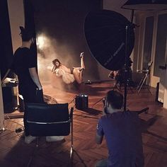 #abouttoday #nudeworkshop by Daniel Ilinca @idaniphotography at the studio  #broncolor #setup #model #pose #fashionnude #workshop