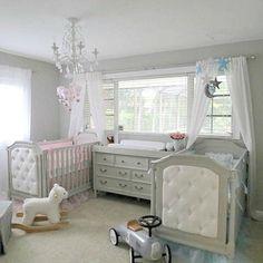 unique nursery room ideas for baby bedroom Twin Baby Rooms, Twin Baby Girls, Baby Bedroom, Baby Room Decor, Baby Cribs, Twin Nurseries, Twin Cribs, Neutral Nurseries, Twin Babies