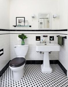 Really need a black toilet seat - finishes the room off perfectly!