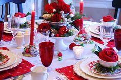 stone gable Christmas table. I love the rose napkin!
