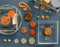 The Tools We Use for Polymer Clay ... article on tool tips http://www.pcpolyzine.com/december2001/tools.html