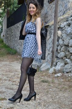 Curvy Outfits, Hot Outfits, Classy Outfits, Sexy Dresses, Short Dresses, Polka Dot Tights, Polka Dots, Colored Tights Outfit, Pantyhose Outfits