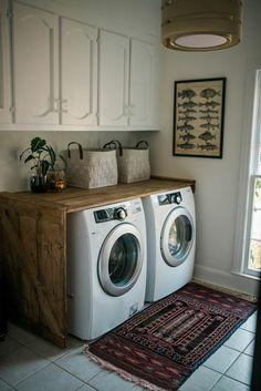 68 Stunning DIY Laundry Room Storage Shelves Ideas - Page 39 of 70 Tiny Laundry Rooms, Farmhouse Laundry Room, Laundry Room Organization, Small Laundry, Laundry Room Design, Laundry Room Colors, Laundry Closet, Farmhouse Plans, Laundry Room Inspiration