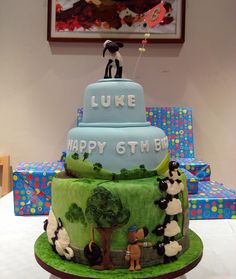 shaun the sheep cake 2 by PMT CUPCAKES, via Flickr