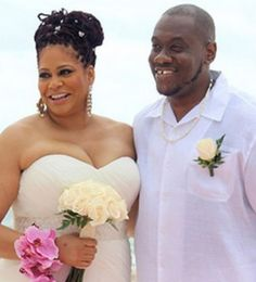 """""""We's Married Now"""": Kim Coles And Reggie McKiver Tie The Knot"""