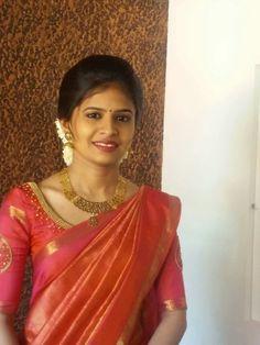 Pattu Saree Blouse Designs, Bridal Blouse Designs, Indian Silk Sarees, Indian Beauty Saree, Christian Wedding Dress, Engagement Saree, Kerala Bride, Traditional Dresses, Traditional Wedding