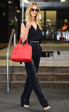 Baggage Claim from Celebrity Street Style  Rosie Huntington-Whiteley's all-noir ensemble adds umph to her already gorgeous Kurt Geiger bag.
