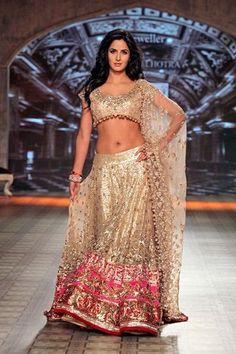 best-manish-malhotra-bridal-collection-designs-9.jpg (360×540) Gorgeous for fusion wedding