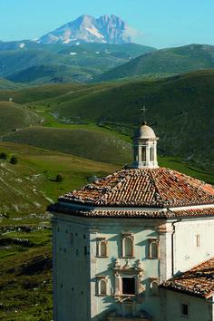 RoyalAuto, May, 2016. Explore Abruzzo's valleys. Photo: Don Fuchs. #Italy #Abruzzo #SantaMariadellaPeitaChurch