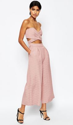 Discover new clothes and latest trends in women's clothing at ASOS. Shop the newest women's clothes, dresses, tops, skirts and more. Order now at ASOS. Estilo Resort, New Outfits, Summer Outfits, Pink Jumpsuit, Wrap Jumpsuit, Blush Dresses, Fashion 2020, Fashion Online, Women's Fashion