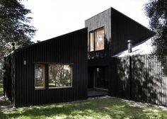 Estudio-Ba-BO-Patagonia-Argentina-CLF-Houses-Painted-Black-Cypress:Remodelista