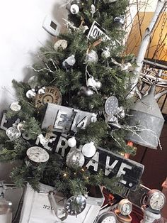Clocks on a Christmas tree