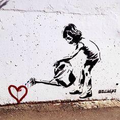Güzel sanatlar; insanın elinin, kafasının ve kalbinin birlikte çalıştığı şeylerdir. Francis Bacon