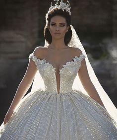 Plunging neckline, bridal gown.
