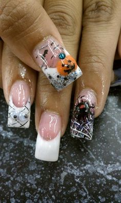 (Nail Art Gallery by NAILS Mag. (Nail Art Gallery by NAILS Magazine) find more wo - Cute Halloween Nails, Halloween Acrylic Nails, Halloween Nail Designs, Halloween Jack, Halloween Ideas, Crazy Nails, Love Nails, Pretty Nails, 3d Nails