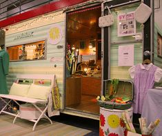 What a cool trailer and a shop inside with a dressing room! Love, love, love it!