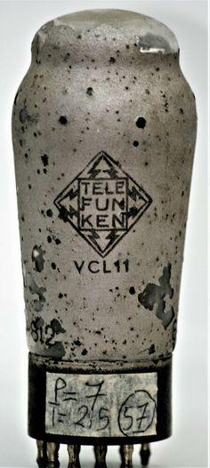 VCL11 TELEFUNKEN VALVOLA tube dke38 volksempfänger radio POPOLARE Kleinempfänger Radios, Radio Design, Vase, Model, Ebay, Decor, Decoration, Scale Model