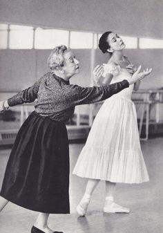 Tamara Karsavina rehearsing Margot Fonteyn for 'Le Spectre de la Rose'