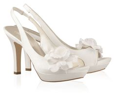 Zapatos Pura Lopez | Zapatos de novia de Pura López 2013