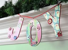 Make a Christmas joy banner with your family