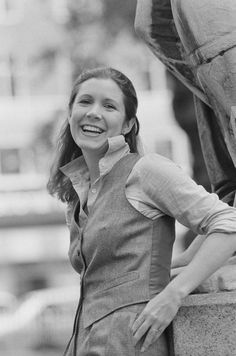 American actress, writer, and humorist Carrie Fisher , September Get premium, high resolution news photos at Getty Images Carrie Fisher Quotes, Carrie Frances Fisher, Oprah, Star Wars Cast, Eddie Fisher, The Blues Brothers, Han And Leia, Sister Act, The Wedding Singer