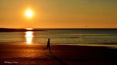 Want to leave ... ... away ... far away ...! Vouloir partir ... ... loin ... très loin ...! ©Philippe Le Stum Photography  #runner #coureur #away #faraway #loin #trèsloin #sunset #coucherdesoleil #sand #sable #shadow #ombre #sea #océan #mer #fortbloqué #Ploemeur #morbihan #Bretagne #PhilippeLeStum