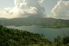 Bamnoli Village near Satara Village Photos, Extreme Sports, Heaven On Earth, Incredible India, Pune, Continents, Outdoor Activities, Adventure Travel, Natural Beauty