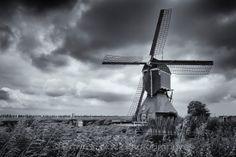 Achterlandse Molen by Groot Ammers