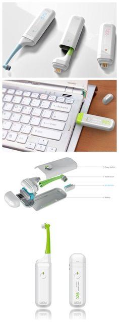 Jaewan Jeong para viajeros diseñado este esterilizador del cepillo de dientes portátil, después de cepillarse los dientes, la cabeza del cepillo de dientes hacia fuera, usted puede dirigirse a través del usb cepillo puerto conectado a la computadora con el poder de destruir bacterias carga, mantenga el cepillo de dientes limpio.  Vivienda también viene con una pantalla, con el porcentaje para ilustrar el estado de la esterilización ~