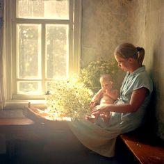 The Splendid days of motherhood