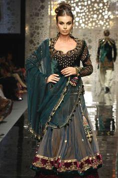 Actress wear manish malhotra collection