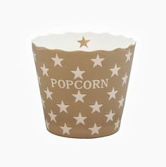 Popcorn schaal in de kleur latte | Leuk voor op tafel met feesten en partijen! | In meerdere kleuren verkrijgbaar | EUR 13,95 | www.livingitup.nl