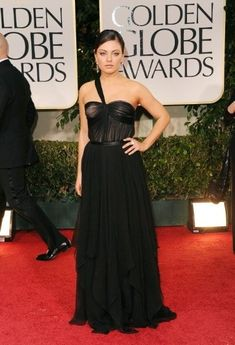Mila Kunis at the Golden Globes | Discover 7 Ways to Wear Black Like a Fashionista