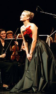 The perfect performance dress. :)  (On Elina Garanca, my idol)