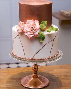Birthday Cake Roses, Elegant Birthday Cakes, Birthday Cake Girls, Elegant Wedding Cakes, Easy Birthday Cake Recipes, Funny Birthday Cakes, Homemade Birthday Cakes, Birthday Cake For Women Simple, Birthday Cake For Husband
