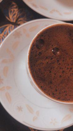 Discount Coffee, Coffee Cafe, Coffee Recipes, Latte, Cozy, Wallpaper, Tableware, Kitchen, Instagram