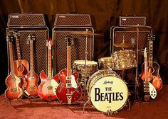 Pittsburgh Guitars: The Beatles Collection Beatles Band, Beatles Love, Les Beatles, Beatles Photos, Beatles Guitar, Guitar Guy, Music Guitar, Cool Guitar, Playing Guitar