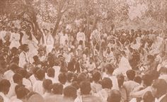 Rabindranath Tagore with a group of Bengalis in Santiniketan, November, after he was awarded the Nobel Prize for literature Rabindranath Tagore, Nobel Prize, Rare Pictures, Illusions, Literature, Tapestry, World, Ruin, Photography