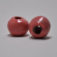 Dark Fruity Pink Shape: Round Size: 10mm