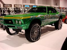 Biggest Donk Rim   Donk Gallery - Donk Galleries Weird Cars, All Cars, Crazy Cars, Rim And Tire Packages, Donk Cars, Buick Riviera, Auto Glass, Hot Wheels Cars, American Muscle Cars
