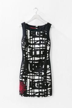 Short black and white pinafore dress   Desigual.com